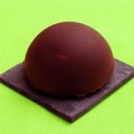 Dôme de chocolat, mousse à la poire et aux marrons
