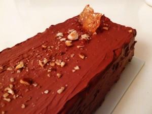 Gâteau chocolat, caramel aux noisettes